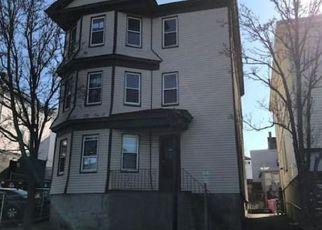Casa en Remate en Fall River 02721 COLUMBIA ST - Identificador: 4258433599