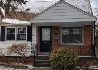 Casa en Remate en Harper Woods 48225 DAMMAN ST - Identificador: 4259059457