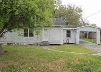 Casa en Remate en Larose 70373 W 23RD ST - Identificador: 4259520197