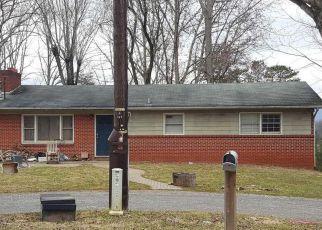 Casa en Remate en Leicester 28748 BEAR CREEK RD - Identificador: 4260116735