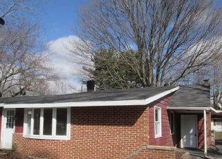 Casa en Remate en Kingsford Heights 46346 EXETER RD - Identificador: 4260923926
