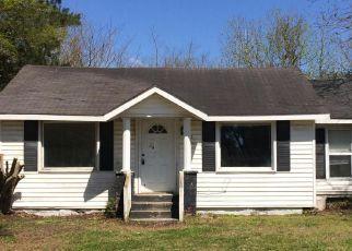 Casa en Remate en Burgaw 28425 W SATCHWELL ST - Identificador: 4261555473