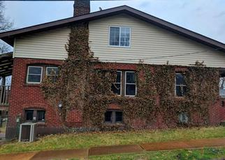 Casa en Remate en Saint Louis 63114 TUDOR AVE - Identificador: 4263031891