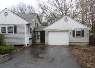 Casa en Remate en Westerly 02891 RIVERDALE RD - Identificador: 4263700221