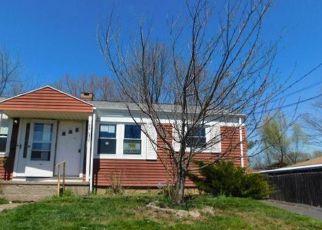 Casa en Remate en Newington 06111 BUENA VISTA AVE - Identificador: 4263864921