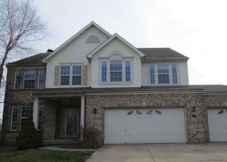 Casa en Remate en Greenwood 46142 SUTTON DR - Identificador: 4263943298