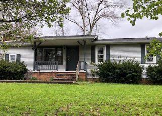 Casa en Remate en Corbin 40701 EDGEWATER RD - Identificador: 4264030911