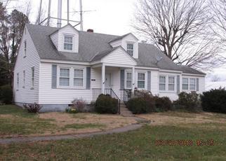 Casa en Remate en Montross 22520 CARVER ST - Identificador: 4264341422