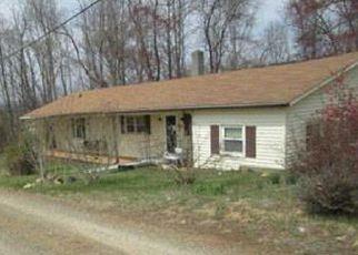 Casa en Remate en Martinsville 24112 MOORES FARM RD - Identificador: 4264412376