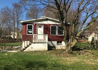 Casa en Remate en Montrose 10548 HUNT AVE - Identificador: 4265429798