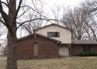 Casa en Remate en Greenwood 46142 ROCKINGCHAIR RD - Identificador: 4266213322