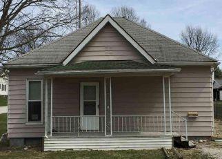Casa en Remate en Clinton 61727 N ELM ST - Identificador: 4266293471