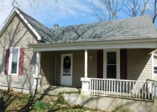 Casa en Remate en Lawrenceburg 40342 GLENSBORO RD - Identificador: 4267664783