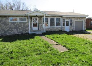 Casa en Remate en Carmichaels 15320 S PINE ST - Identificador: 4269119725