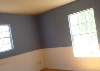 Casa en Remate en Waverly 37185 MITCHELL HOLLOW RD - Identificador: 4269153892