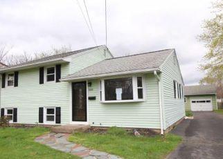 Casa en Remate en Wallingford 06492 E CENTER ST - Identificador: 4269439887