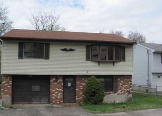 Casa en Remate en Waterbury 06706 PEARL LAKE RD - Identificador: 4270050864