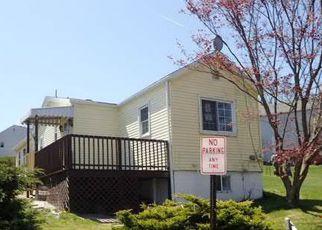 Casa en Remate en West Mifflin 15122 ROBERTS ST - Identificador: 4270562403