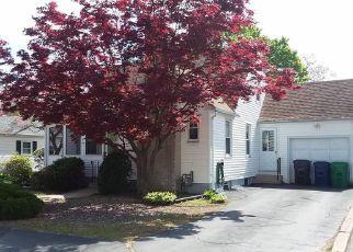 Casa en Remate en Warwick 02888 PHILLIPS AVE - Identificador: 4270753354