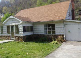 Casa en Remate en Welch 24801 STADIUM DR - Identificador: 4270953518