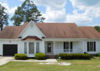 Casa en Remate en Spring Lake 28390 LAKETREE BLVD - Identificador: 4271213681