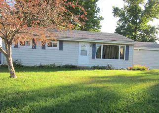 Casa en Remate en Clinton 61727 HICKORY DR - Identificador: 4271259214