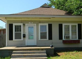 Casa en Remate en Clinton 73601 TERRACE AVE - Identificador: 4271606536