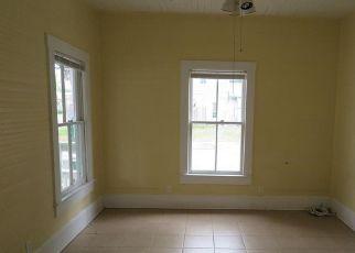 Casa en Remate en High Springs 32643 HIGH SPRINGS MAIN ST - Identificador: 4272024360