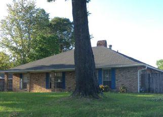 Casa en Remate en Baton Rouge 70815 FAIRHAVEN DR - Identificador: 4272316942