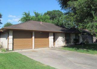 Casa en Remate en Houston 77090 HOLLOW WOOD DR - Identificador: 4273814809