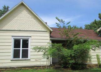 Casa en Remate en El Dorado Springs 64744 W JOE DAVIS ST - Identificador: 4275738385