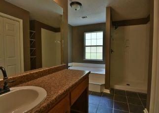 Casa en Remate en White 30184 N HAMPTON DR - Identificador: 4276227605