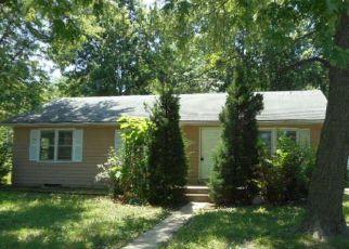 Casa en Remate en Topeka 66605 SE PINECREST DR - Identificador: 4278585203