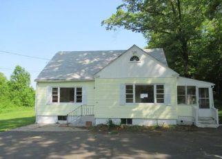 Casa en Remate en Moodus 06469 SIPPLES HILL RD - Identificador: 4278800250