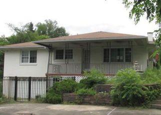 Casa en Remate en Irwin 15642 10TH ST - Identificador: 4279113862