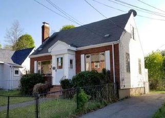 Casa en Remate en Hyde Park 02136 WOODGLEN RD - Identificador: 4280863559