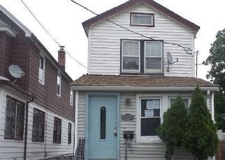 Casa en Remate en South Ozone Park 11420 133RD ST - Identificador: 4281061518