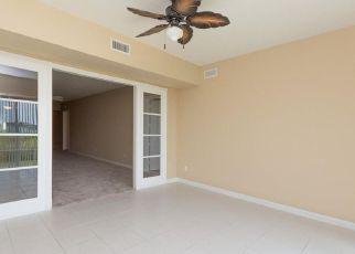 Casa en Remate en Fort Pierce 34949 HARBOUR ISLE DR W - Identificador: 4286386403