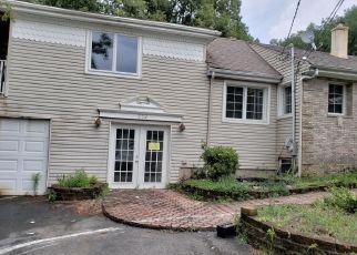 Casa en Remate en Morganville 07751 SPRING VALLEY RD - Identificador: 4286577812