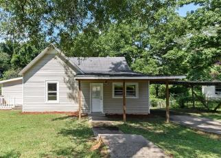 Casa en Remate en Valley 36854 COMBS ST - Identificador: 4287028478