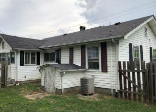 Casa en Remate en Abingdon 24210 HILLMAN HWY NE - Identificador: 4287769982