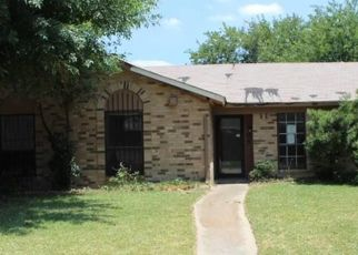 Casa en Remate en Garland 75043 QUINTANA DR - Identificador: 4287805441