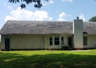 Casa en Remate en Spring Lake 28390 RIVERWIND DR - Identificador: 4287969690