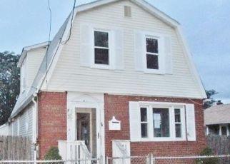 Casa en Remate en Keansburg 07734 LINCOLN CT - Identificador: 4288040185