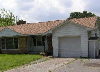 Casa en Remate en Calvert City 42029 CHERRY ST - Identificador: 4288076101