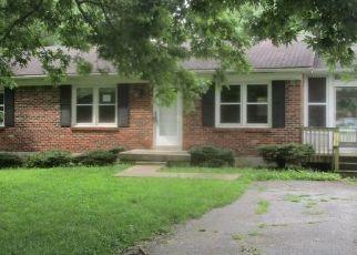 Casa en Remate en Lawrenceburg 40342 MAPLE ST - Identificador: 4288095377