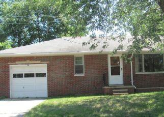 Casa en Remate en East Alton 62024 NEVADA AVE - Identificador: 4289120231