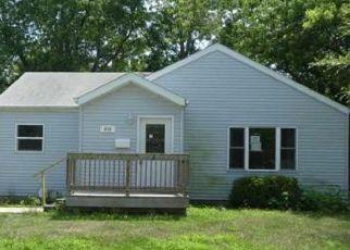 Casa en Remate en Girard 62640 W WASHINGTON ST - Identificador: 4289159660