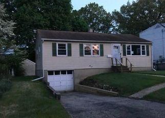 Casa en Remate en Norwalk 6851 SLEEPYHOLLOW DR - Identificador: 4290549796