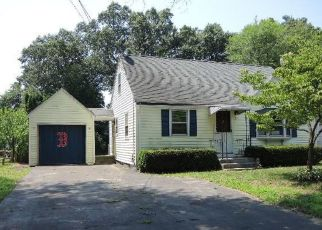 Casa en Remate en East Hartford 06118 FERNCREST DR - Identificador: 4290603665